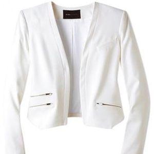 BCBG Max Azria Flynn long sleeve blazer off-white